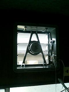 台所用換気扇を交換